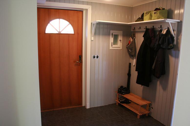 Inredning hyllor hall : Hall Â« Linda och Niklas